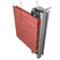 Revestimento exterior de fachada ventilada, de réguas de compósito de madeira e polímeros